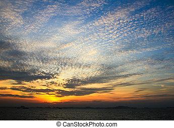nuvens, pôr do sol, céu dramático