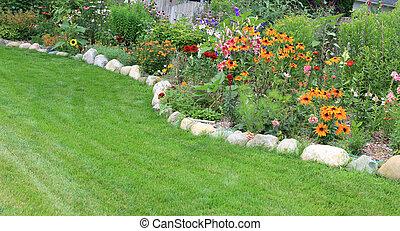 nyár, kert