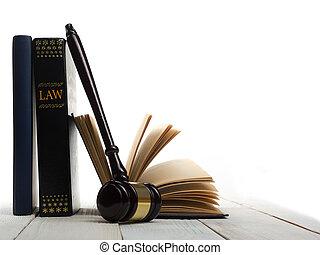 nyílik, törvénykönyv, noha, fából való, bírók, árverezői kalapács, képben látható, asztal, alatt, egy, tárgyalóterem