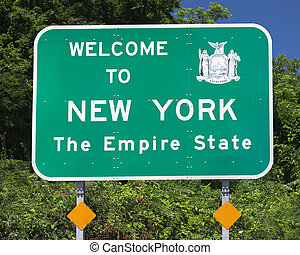 NY State Sign - Roadside sign welcoming travelers to New...
