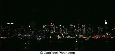 NYC SKYLINE 45 - New York City - view from accross the river...