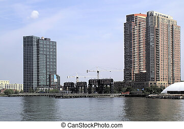 NYC SKYLINE 46 - Queens, New York City - view from the East...