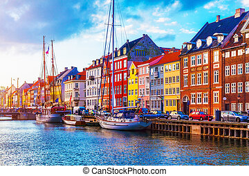 nyhavn, copenhague, danemark