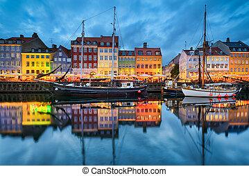 Nyhavn in Copenhagen, Denmark at night