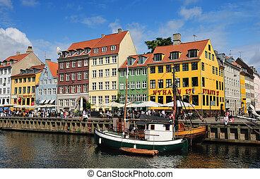 nyhavn, köpenhamn, danmark