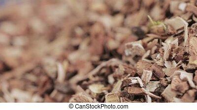 Oak bark loose on table - Bulk shredded oak bark chemist