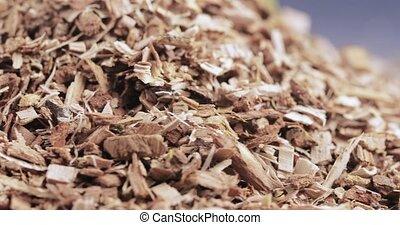 Bulk shredded oak bark chemist