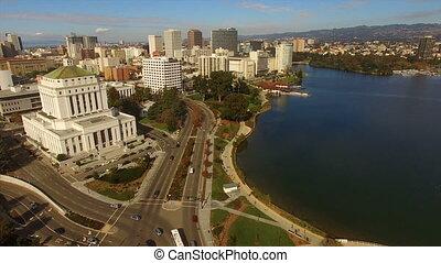 oakland, californië, downtown, stad skyline, meer, merritt,...