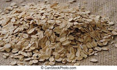 oat flakes falling down