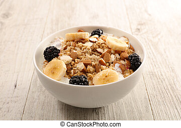 oat meal with dairy and fruit