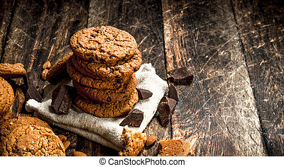 Oatmeal cookies with chocolate.