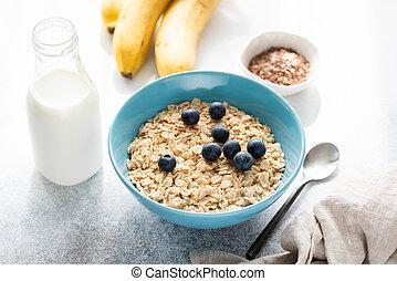 Oatmeal porridge with blueberries