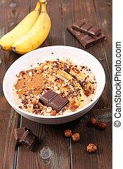 oatmeal with banana and chocolate