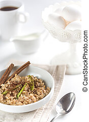 Oats with green apple