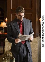 obchodník, výklad, noviny.