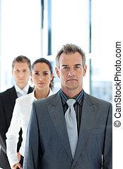 obchodník, vůdčí, jeden, business četa, v řadě