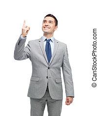 oben zeigen, finger, klage, geschäftsmann, glücklich