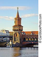 Oberbaum bridge in Belin - Germany
