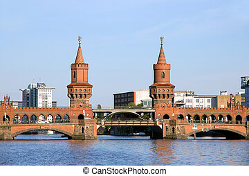 Oberbaum bridge over the river Spree in Berlin, Germany