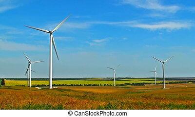 obracający, wiatr turbiny, na, pole