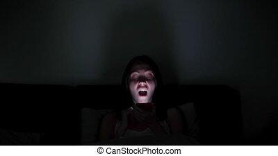obscurité, femme, spooky, crier