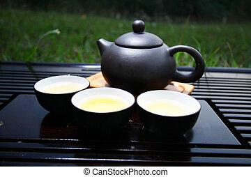 obsiewa trawą, komplet, chińczyk, herbata