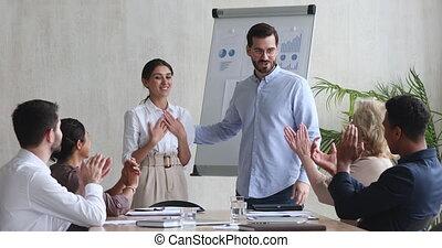 obtenir, ouvrier, femme, dirigez bureau, promotion, poignée...