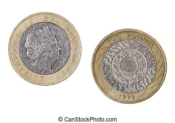 Obverse and reverse sides of the British Two pound coin