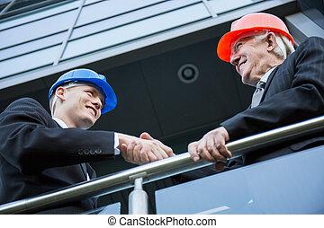 obywatelski, inżynierowie, potrząsające ręki