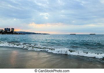 océano pacífico, en, un, playa, en, valparaiso, santiago, chile