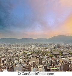 ocaso, ciudad, paisaje, de, kyoto