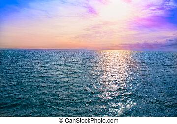 ocaso, encima, el, mar