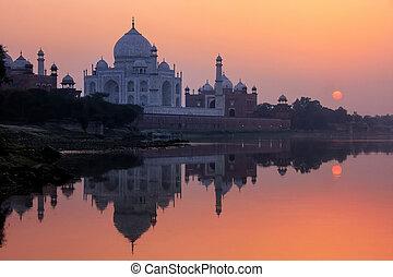 ocaso, mahal, agra, río yamuna, taj, india, reflejado