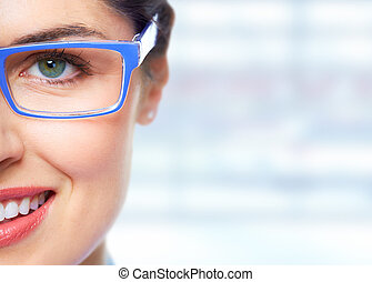 occhio donna, eyeglasses.