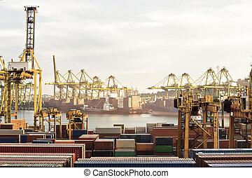 occupé, port maritime