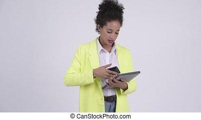 occupé, tablette, femme affaires, multi-tasking, jeune, ...