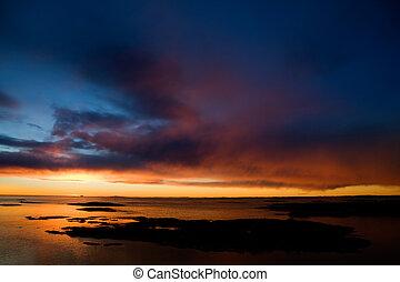 Ocean Sunset - Beautiful coastal Landsacpe on the very...