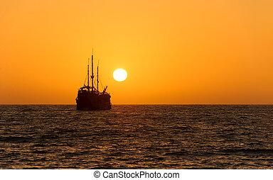 Ocean Sunset Ship Silhouette - Ocean sunset ship silhouette...
