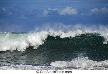ocean wave breaking - powerful ocean waves breaking natural...