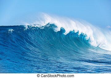 Ocean Wave - Large Powerful Ocean Wave