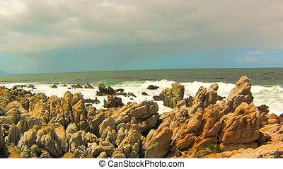 Ocean waves on the rocks