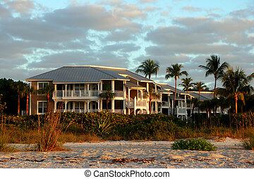 oceanfront, condominio