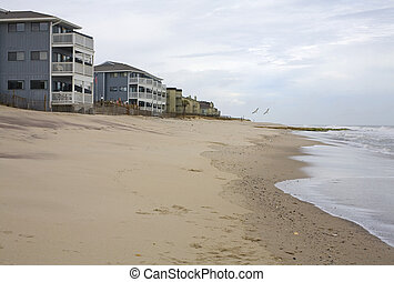 oceanfront homes on the beach in North Carolina
