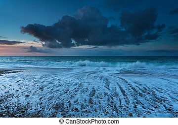 oceano atlântico, pôr do sol, ondas