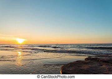oceano, spiaggia, a, il, tramonto