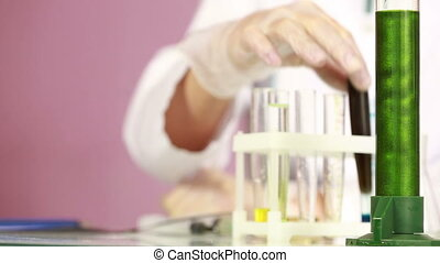ochronny, porównywanie, chemicals., samica, próba balie, aptekarz, okulary