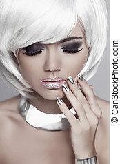 oczy, fason, nails., piękno, hair., makeup., accessories., biały, krótki, portrait., mulatto, blond, manicured, woman., dziewczyna, biżuteria