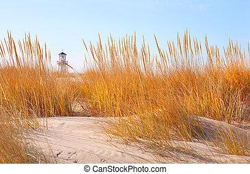 odległość, latarnia morska, diuna, obsiewa trawą