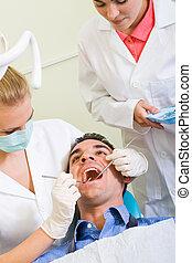 odontólogo, trabalho