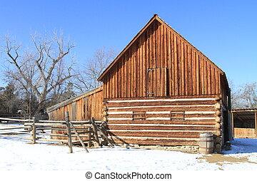 odrestaurowany, stodoła